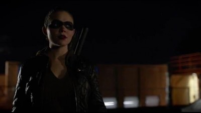 Arrow S05E07 Vigilante cz tit.avi