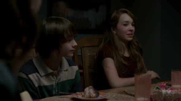 Náhled The.Americans.2013.S03E04.HDTV.x264-KILLERS.mp4 (9)