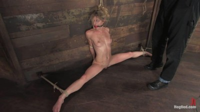 Hogtied 5689 Tawni Ryden 1h01;.mp4