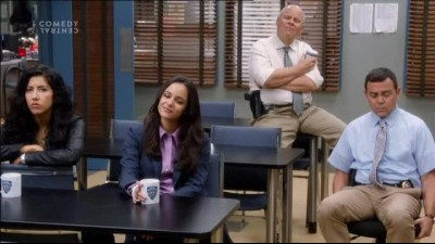 Brooklyn 99 S01E02 - Brooklyn Nine-Nine - TVrip CZdabing.avi
