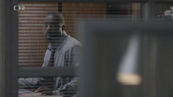 Luther.S01E03.avi