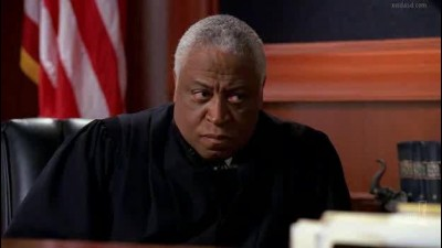 kauzy.z.bostonu.Boston.Legal.5x11-Team-TDK.avi (5)