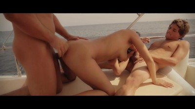 x-art_gianna_party_boat_1080.mp4