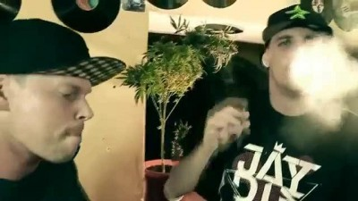 Tafrob_ft._Jay_Diesel_-_Rolovac_Official_HD_Video.mp4