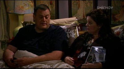 Mike a Molly 03x03 - Mike miluje dorty.avi