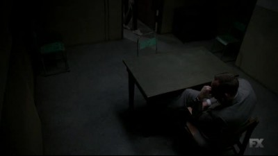 Náhled The.Americans.2013.S03E04.HDTV.x264-KILLERS.mp4 (1)