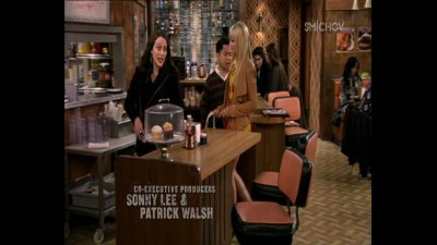2 socky -  2 Broke Girls ( serial 2013 ) S03E04 CZ.mp4