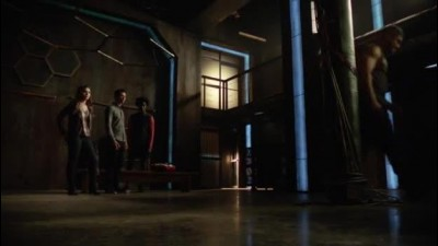 Arrow S05E03 TitCz.mp4