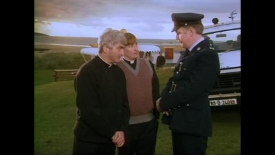 Father Ted 02x01 CZ Dabing.avi
