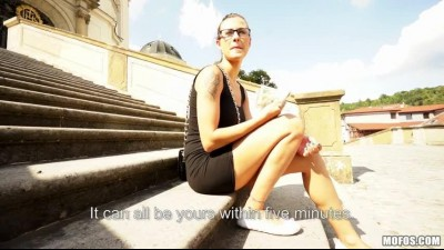 PublicPickUps - Katia (Tourist Attraction).mp4