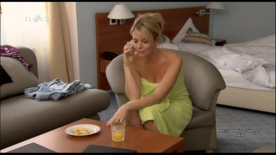Nah esk celebrity CZ z TV - Lucie Benesova - Ulice1627 1628 2009 01.mp4