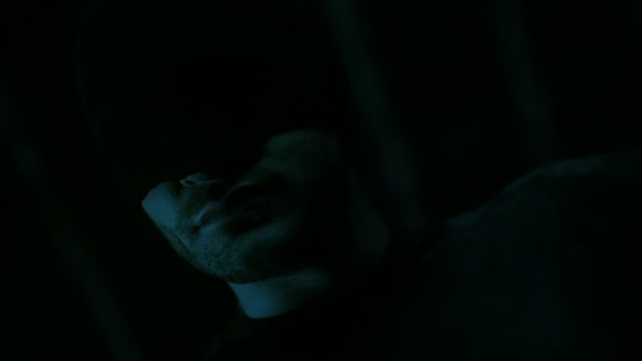 Marvels Daredevil S01E06 Condemned (2160p x265 10bit Joy).mkv