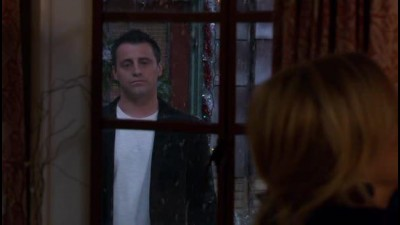 Joey---S02E13---02x13---Joey-a-Vanocni-party---CZ-dabing-TV-serial-USA-2004-Komedie-DVDRip.avi