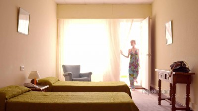 Náhled [Hegre-Art] Emily - Erotic Room Service Massage (2013) (1080p).m4v (8)