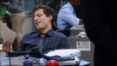 Brooklyn 99 S01E03 - Brooklyn Nine-Nine - TVrip CZdabing.avi