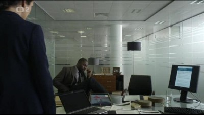 Luther.S01E01.avi