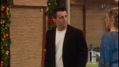 Joey.S02E13.Joey.a.vanocni.party.WS.DVDRip.XviD.CZ.avi (6)
