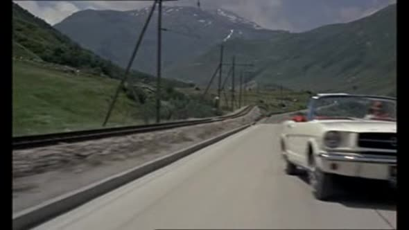 James Bond 03 - Goldfinger (1964).avi (11)