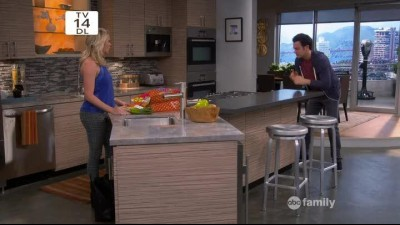 Young and Hungry S02E06.mp4