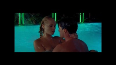 Zah.nahé-celebrity-Elizabeth-Berkley-Showgirls-07-14.avi