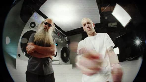 Eminem - Berzerk (Official) (Explicit).avi