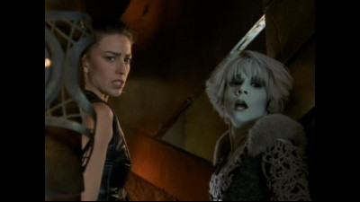 Farscape (TV serial 1999) CZ S02E14 - Beware Of Dog.avi