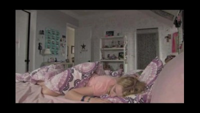 Paranormal Activity 4 (2012) CZ Dabing.avi (2)