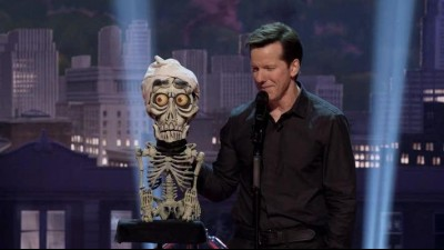 Jeff Dunham - Unhinged in Hollywood_2015_hc.titulky.CZ.avi