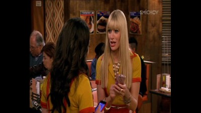2 socky -  2 Broke Girls ( serial 2013 ) S03E02 CZ.mp4