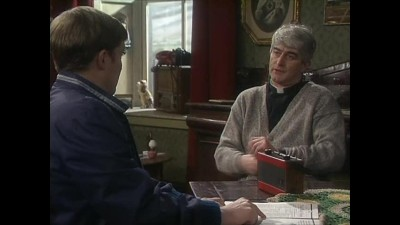 Father Ted 02x09 CZ Dabing.avi