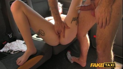ft1225_blonde_with_glasses_and_big_tattoos_480p.mp4