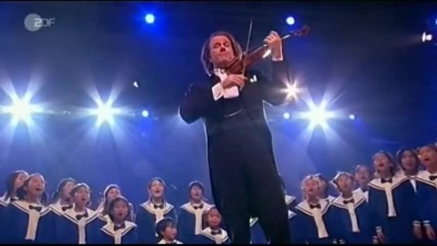 André Rieu & Japanese Choir The Boys and Girls    _ Silent Night, Holy Night _ (480p).mp4