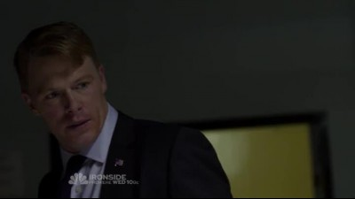 Náhled The.Blacklist.S01E02.HDTV.x264-LOL.mp4 (8)