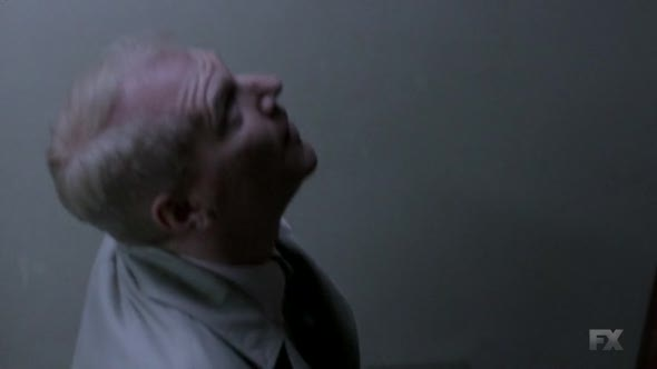 Náhled The.Americans.2013.S03E04.HDTV.x264-KILLERS.mp4 (10)
