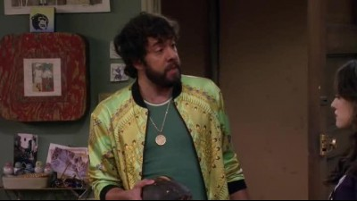 2 Broke Girls S04E01 HDTV.avi