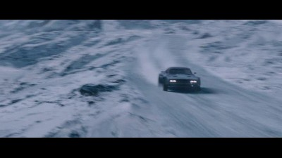 Rychlo-a-zbesilo-8--The-Fate-of-the-Furious-2017.CZ-DABING.avi (3)