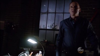 Agents of SHIELD S03E03 - A Wanted (Inhu)man 1con.avi