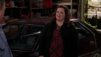 Mike.and.Molly.S05E01.HDTV.XviD-AFG.avi