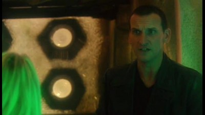 Pan casu - Doctor Who S01E02 The End of the World CZ dabing .avi - DATATOR.cz