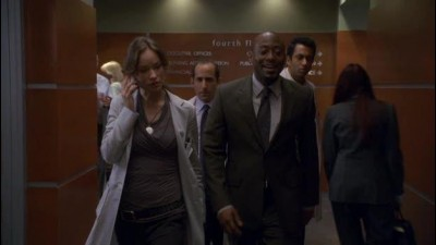 Dr. House (House M.D.) CZ 04x14 - Splněný sen (Living the Dream).avi (4)