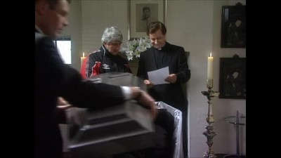 Father Ted 03x05 CZ Dabing.avi