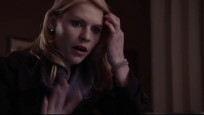 Ve.jmenu.vlasti.HOMELAND.S01E01.Pilot.BRRip.x264.720x404.CZ.mp4 (9)
