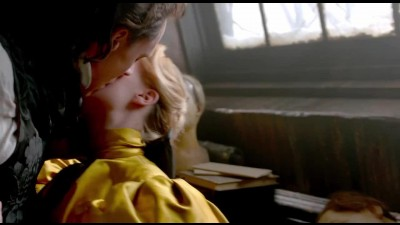 Crimson-Peak-Official-Teaser-Trailer-1-(2015)---Tom-Hiddleston,-Jessica-Chastain-Movie-HD.avi