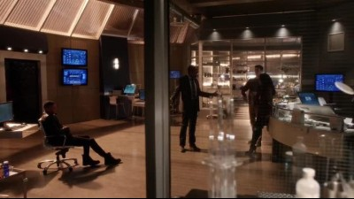 the.flash.2014.s03e11.hdtv-Nicole.mkv